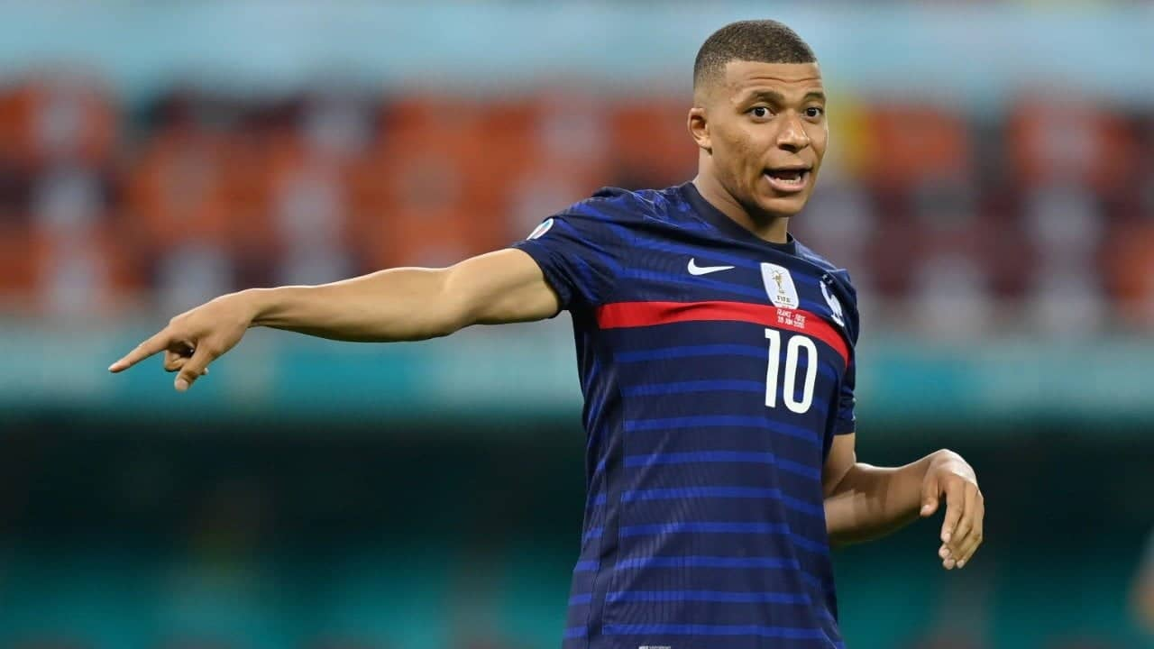 Anelka says Mbappe a way to win the Ballon d'Or
