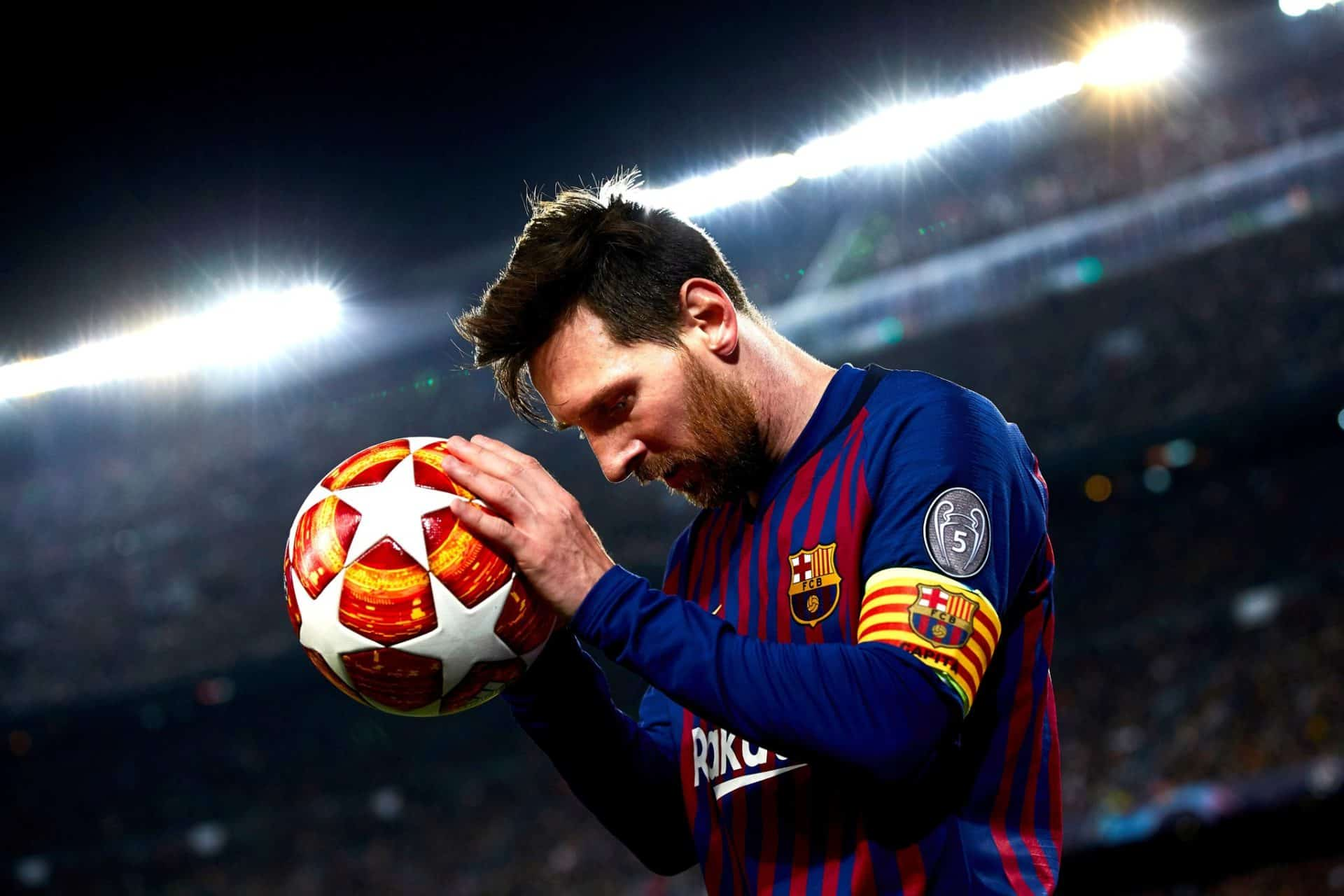 Lionel Messi Becomes a Free Agent